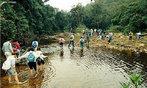 O turismo ecológico só e eficiente se acompanhado de medidas de conservação como proteção das águas, da vegetação e preservação das comunidades do entorno. </br></br> Palavras-chave: Turismo ecológico. Preservação. Meio ambiente.