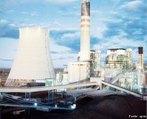 Usina Termoelétrica ou Usina Termelétrica é uma instalação industrial usada para geração de energia elétrica/eletricidade a partir da energia liberada em forma de calor, normalmente por meio da combustão de algum tipo de combustível renovável ou não renovável. </br></br> Palavras-chave: Usina termoelétrica. Energia elétrica. Calor. Combustão.
