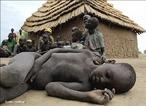 Até um terço das crianças com menos de cinco anos, em países em desenvolvimento, estão abaixo do peso por causa de má nutrição, segundo um relatório do Banco Mundial.</br>Na imagem, uma criança africana.  </br></br>  Palavras-chave: Dimensão demográfica. Países. Continente. Território. Subnutrição. África. Mortes.