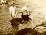Em 1754 surgiram notícias sobre diamantes em Tibagi, eles encontraram uma pedra faiscando nos córregos da região. Na primeira metade do século XX, esse diamante ficou famoso pela sua qualidade, quando houve um grande surto de garimpagem no local. O uso de escafandros por mergulhadores difundiu-se e começou-se a lavrar o fundo do Rio Tibagi. </br></br> Palavras-chave: Escafrandro. Escafandrista. Diamante. Garimpo. Pedras preciosas. Tibagi. Mergulhadores. Rio Tibagi.