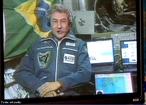 Em 29 de março de 2006, Marcos Pontes tornou-se o primeiro brasileiro e quinto latino-americano a ir ao espaço.  </br></br>  Palavras-chave: Dimensão Demográfica. Território. Espaço. Países. Tripulação. Países. Marcos Pontes. Corrida espacial. Pesquisa científica.