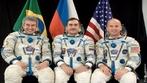Em 29 de março de 2006, Marcos Pontes tornou-se o primeiro brasileiro e quinto latino-americano a ir ao espaço. </br></br> Palavras-chave: Dimensão Demográfica. Território. Espaço. Países. Tripulação. Marcos Pontes. Corrida Espacial. Pesquisa Científica.