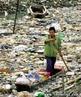 Poluição das águas é um tipo de poluição causado pelo lançamento de esgoto residencial ou industrial não tratados em cursos de água (rios, lagos ou mares) ou ainda pelo lançamento de fertilizantes agrícolas, em quantidade demasiada alta que o corpo d'água não pode absorver naturalmente.  </br></br>  Palavras-chave: Poluição Hídrica. Esgoto Residencial ou Industrial. Doenças.