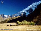 A Cordilheira dos Andes se estende desde a Venezuela até a Patagônia, atravessando toda a América do Sul, caracterizando a paisagem do Chile, Argentina, Peru, Bolívia, Equador, Colômbia e Venezuela. </br></br> Palavras-chave: Andes. Patagônia. América do Sul. Paisagem. Relevo.