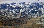 Imagem em 3D do Monte <em>Everest</em>, o qual está localizado na cordilheira do Himalaia. Situa-se na fronteira entre o Nepal e o Tibete (China). O cume da montanha está localizado a 8.850 m de altitude. O monte Everest é a maior elevação do planeta. </br></br> Palavras-chave: Monte Everest. Cordilheira do Himalaia. Nepal. Tibete. Geologia. Relevo.